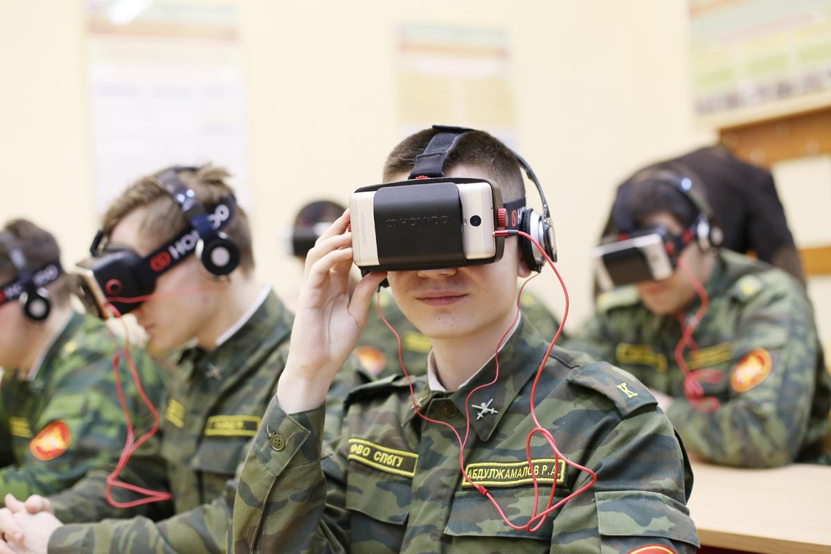 В СПбГУ начали готовить военных с помощью виртуальной реальности ...