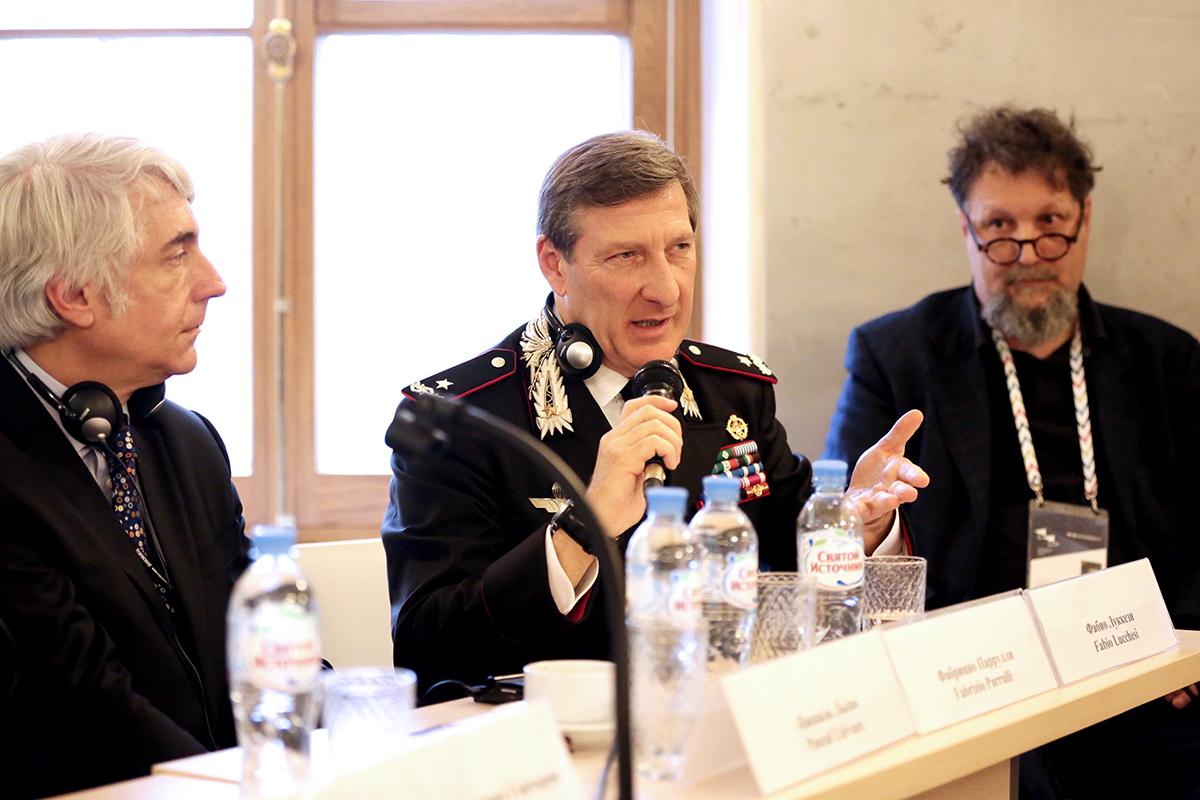 Командующий Специализированной службой карабинеров по охране объектов культурного наследия в Италии генерал Фабрицио Паррулли