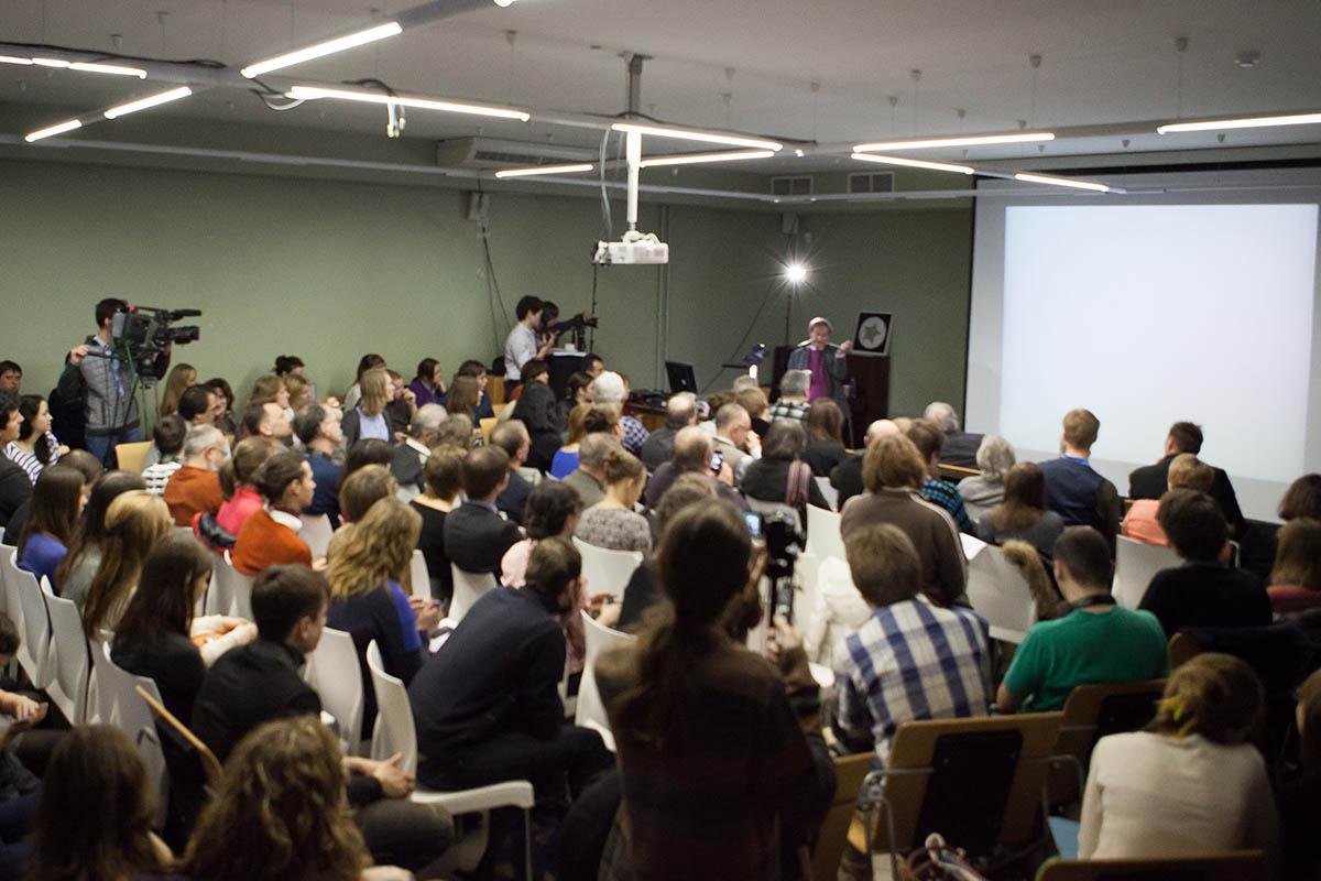 На Петербургском семинаре когнитивных исследований. Выступление Роберта Пенроуза (Оксфордский университет)