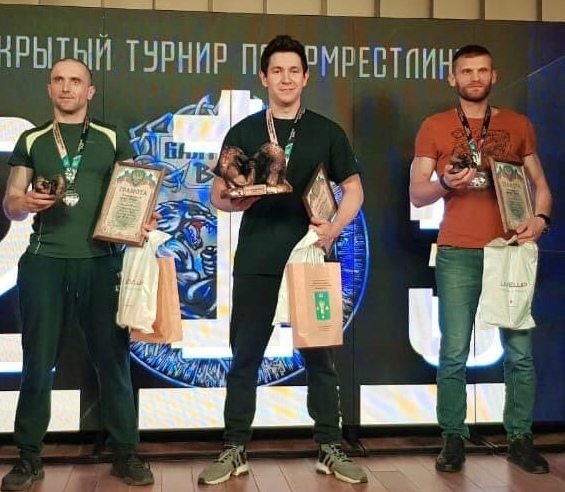 Начальник УСО Тимур Зайнуллин (в центре)