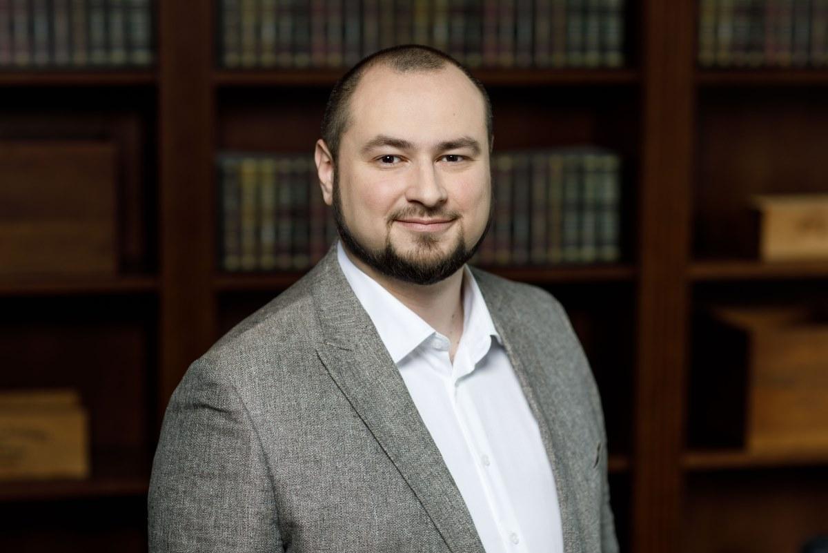 Директор по стратегическим коммуникациям ESforce Holding, сопредседатель кластера «Игровая индустрия и киберспорт» РАЭК Ярослав Мешалкин