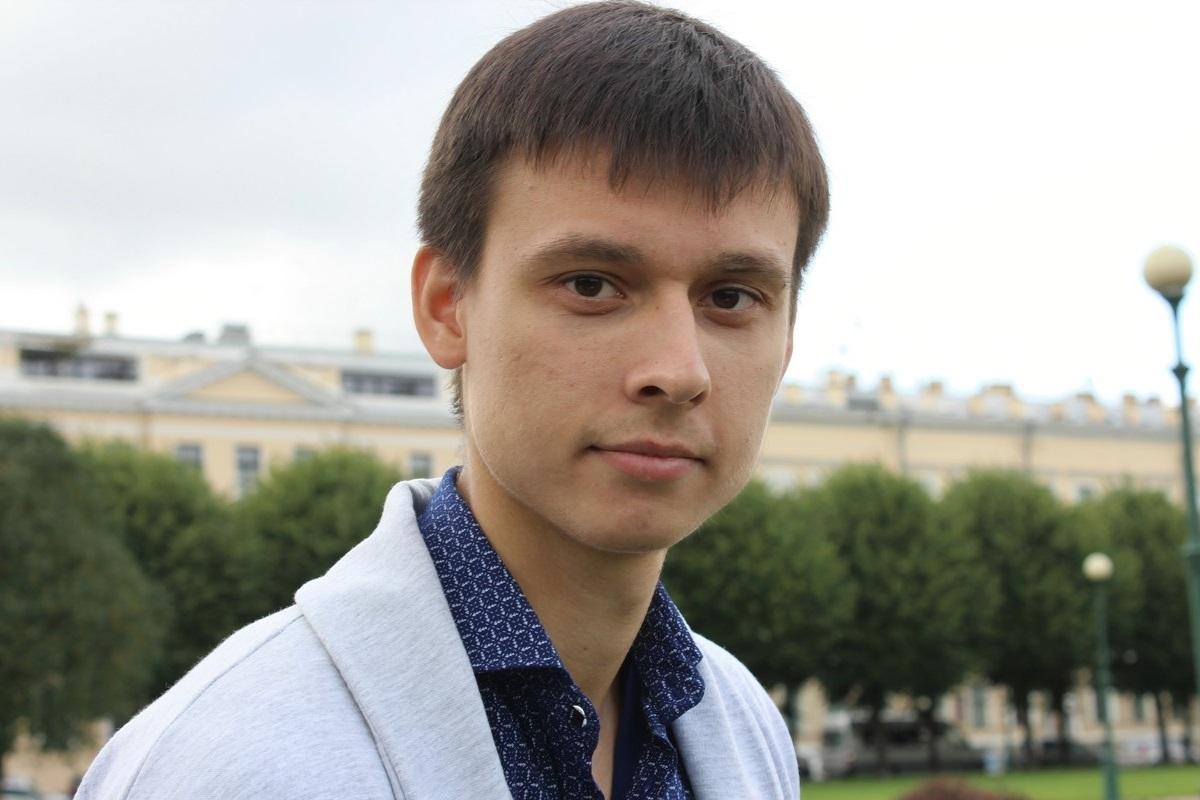 Аспирант кафедры физики высоких энергий иэлементарных частиц СПбГУ Максим Мисюра