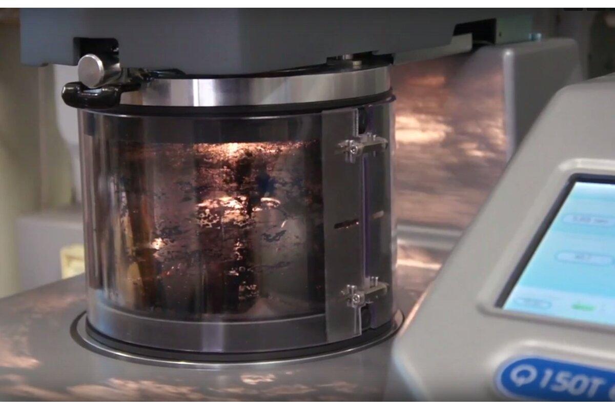 Процесс создания сенсоров. Этап магнетронного напыления токопроводящего слоя